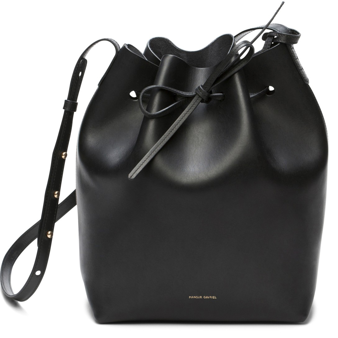 bucket_bag_black_raw_1_537952ae-0f4a-4476-8f54-9bc541edb44c_2048x2048